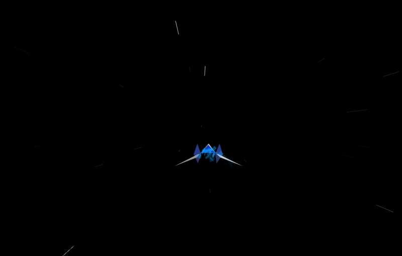 纯css3高速飞行的飞机动画特效