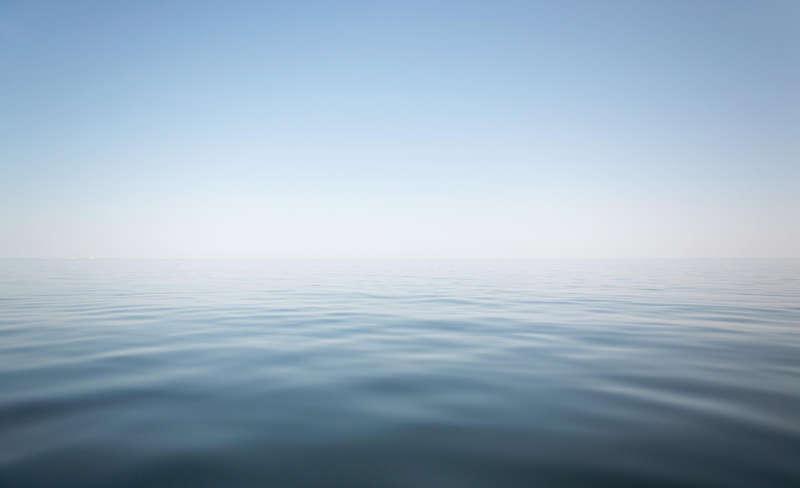 一望无际蓝天大海高清图片素材下载